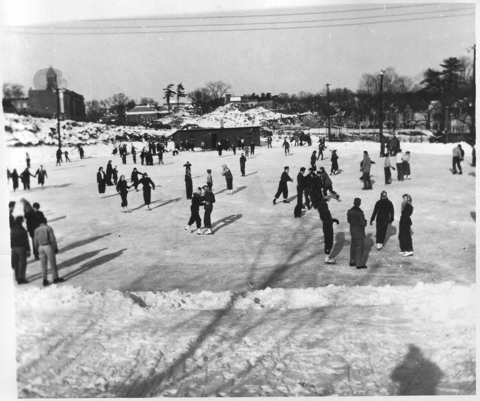 Ice Skating on the Hudson River (Photo courtesy of Hudson River Maritime Museum)